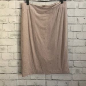 NWT Lila Rose suede modern fit skirt